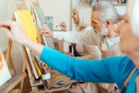 פיסול וציור אינטואיטיבי בבתי אבות