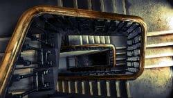 מדרגות ארוכות וחשוכות